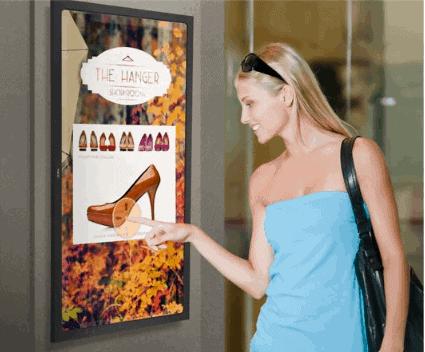 Vertikāls NEC reklāmas displejs