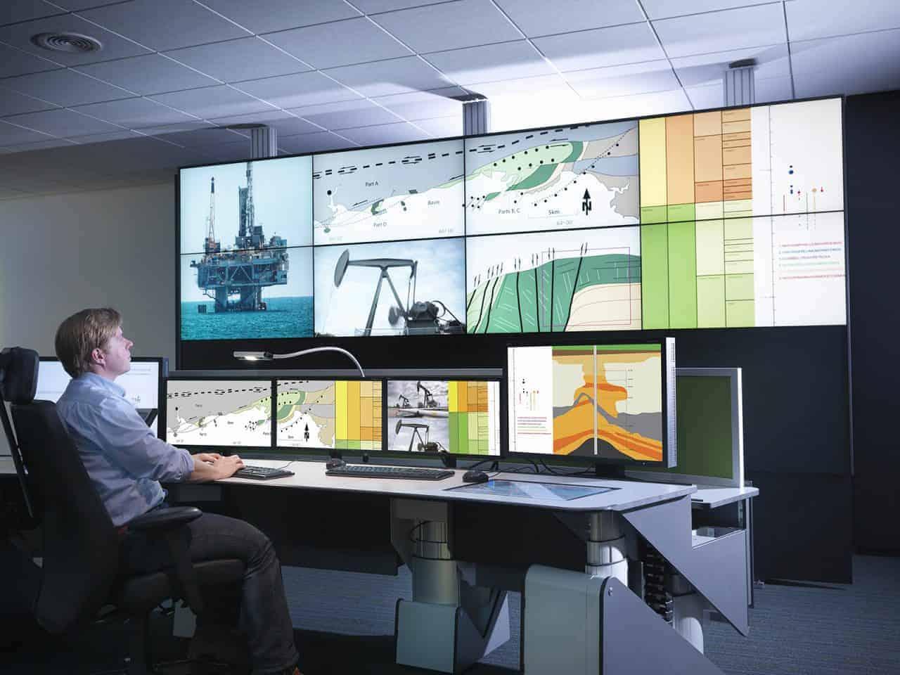 NEC ekrāni militārajā sfērā